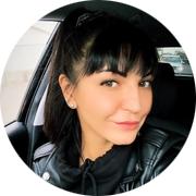 Юлия — частный инструктор по вождению