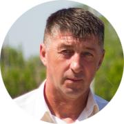 Игорь Владимирович Денежкин — частный инструктор по вождению