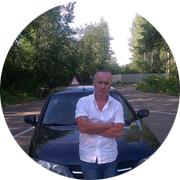 Олег Олегович Карачинский — частный инструктор по вождению