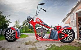 Самый большой мотоцикл и самый маленький автомобиль на планете